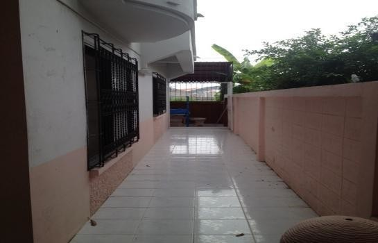 For Rent 2 Beds タウンハウス in Bang Lamung, Chonburi, Thailand | Ref. TH-QMZNAZBD