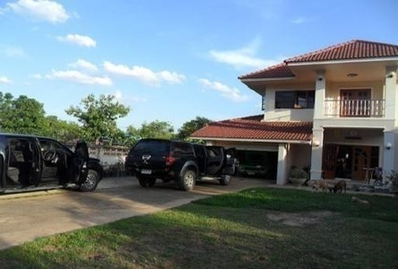 For Sale 4 Beds House in Chok Chai, Nakhon Ratchasima, Thailand