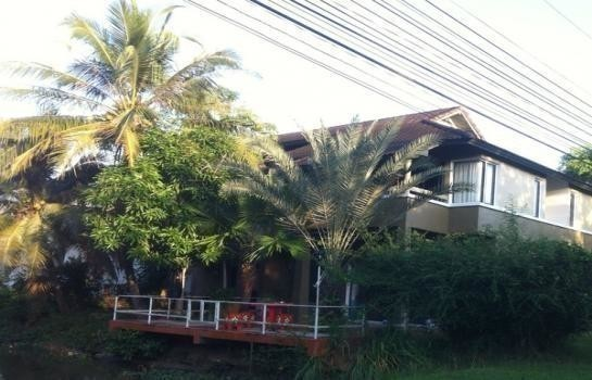 For Sale 3 Beds 一戸建て in Hat Yai, Songkhla, Thailand | Ref. TH-ISJJSDBW