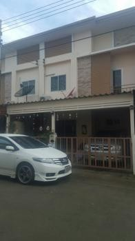 For Sale or Rent 4 Beds タウンハウス in Lam Luk Ka, Pathum Thani, Thailand | Ref. TH-NVDRLKMB