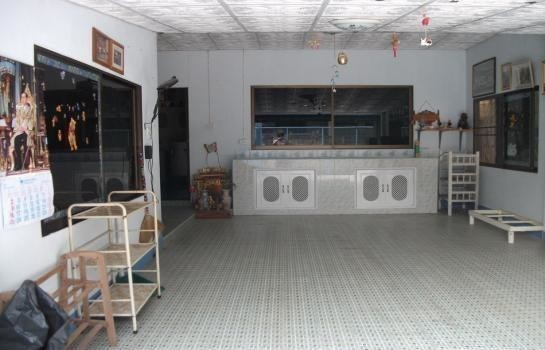 For Sale 6 Beds 一戸建て in Mueang Phayao, Phayao, Thailand | Ref. TH-NTCUODOK