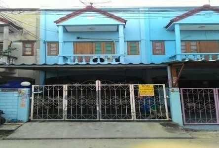 For Sale 2 Beds Townhouse in Bang Khae, Bangkok, Thailand