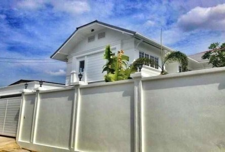 For Sale or Rent 4 Beds House in Din Daeng, Bangkok, Thailand