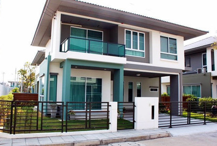 For Sale or Rent 3 Beds House in Mueang Pathum Thani, Pathum Thani, Thailand