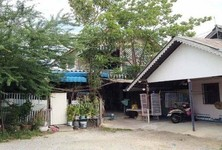 For Sale 15 Beds House in Mueang Suphanburi, Suphan Buri, Thailand