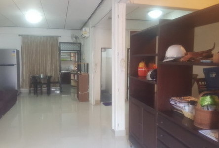 For Rent 4 Beds 一戸建て in Chatuchak, Bangkok, Thailand