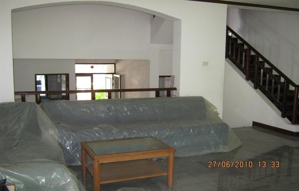 For Sale 2 Beds Townhouse in Bang Pakong, Chachoengsao, Thailand | Ref. TH-TLMNXLZJ