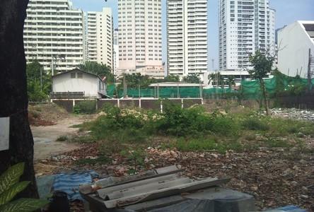 For Sale Condo 1,098 sqm in Watthana, Bangkok, Thailand