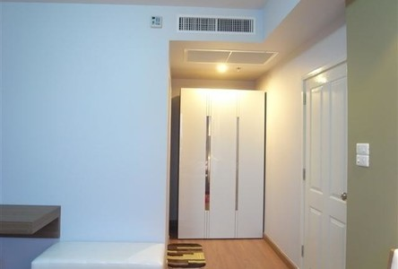 For Rent 2 Beds Condo in Yan Nawa, Bangkok, Thailand