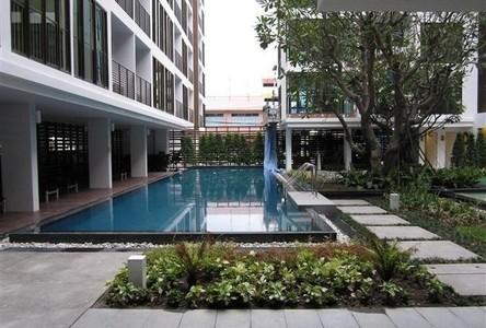 For Sale Condo 35.88 sqm Near BTS Wong Wian Yai, Bangkok, Thailand