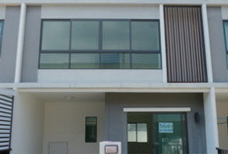 For Rent 2 Beds タウンハウス in Sam Phran, Nakhon Pathom, Thailand