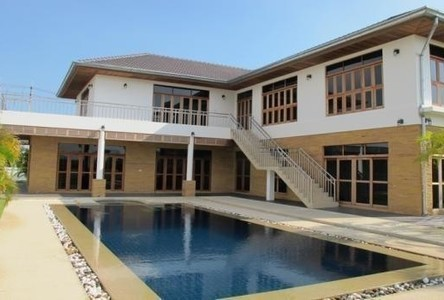 For Sale 4 Beds House in Cha Am, Phetchaburi, Thailand