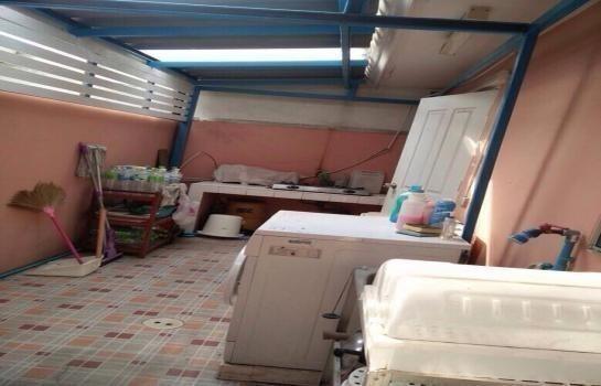 For Sale 3 Beds タウンハウス in Thanyaburi, Pathum Thani, Thailand | Ref. TH-ULUDCAMZ