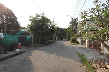 For Sale 2 Beds House in Saphan Sung, Bangkok, Thailand | Ref. TH-VHFMDHMV