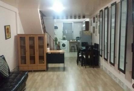 For Rent 2 Beds House in Phra Khanong, Bangkok, Thailand