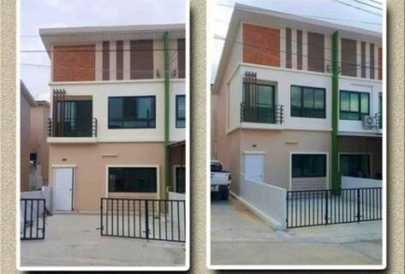 For Sale 2 Beds タウンハウス in Pluak Daeng, Rayong, Thailand