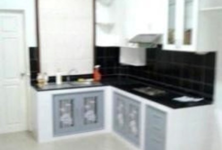 For Rent 3 Beds Townhouse in Khlong Luang, Pathum Thani, Thailand
