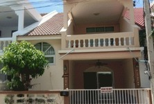 For Rent 3 Beds Townhouse in Hua Hin, Prachuap Khiri Khan, Thailand