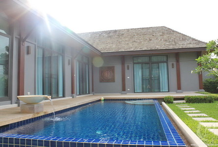 For Rent 3 Beds 一戸建て in Mueang Phuket, Phuket, Thailand
