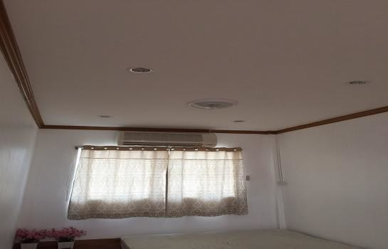 For Sale 1 Bed Townhouse in Khan Na Yao, Bangkok, Thailand   Ref. TH-UAPXJJFS