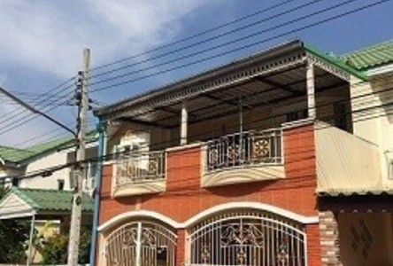 For Sale or Rent 4 Beds Townhouse in Bang Khun Thian, Bangkok, Thailand