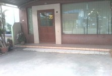 For Rent 7 Beds 一戸建て in Chatuchak, Bangkok, Thailand