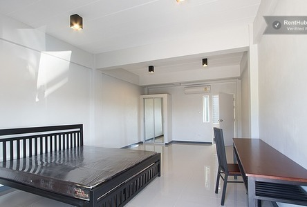 For Rent 1 Bed Townhouse in Si Racha, Chonburi, Thailand