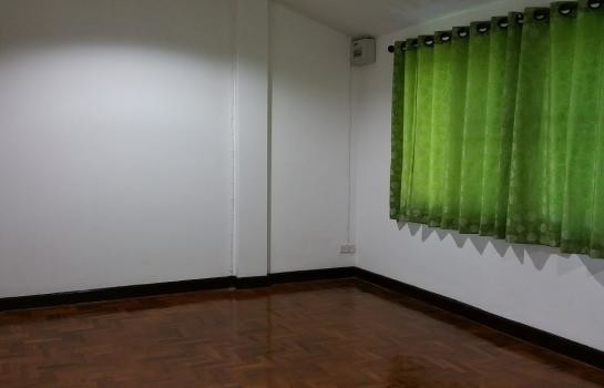 For Sale 2 Beds タウンハウス in Saraphi, Chiang Mai, Thailand | Ref. TH-AEYQEIMJ