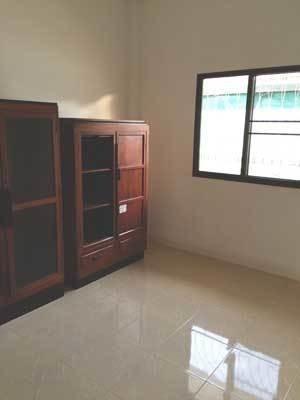 Продажа: Дом с 3 спальнями в районе Hang Dong, Chiang Mai, Таиланд | Ref. TH-HFYTEVLA