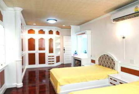 ขาย หรือ เช่า ทาวน์เฮ้าส์ 4 ห้องนอน หนองแขม กรุงเทพฯ