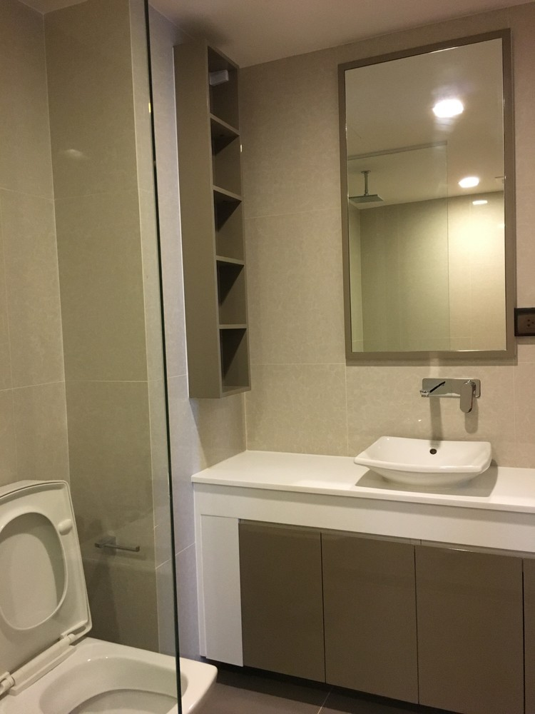 ลิฟ แอท 49 - ขาย คอนโด 2 ห้องนอน ติด BTS พร้อมพงษ์ | Ref. TH-OKKEXJFV