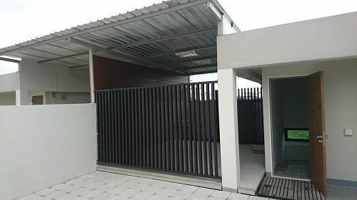 Продажа: Таунхаус с 3 спальнями в районе Watthana, Bangkok, Таиланд   Ref. TH-DRLRCGJW