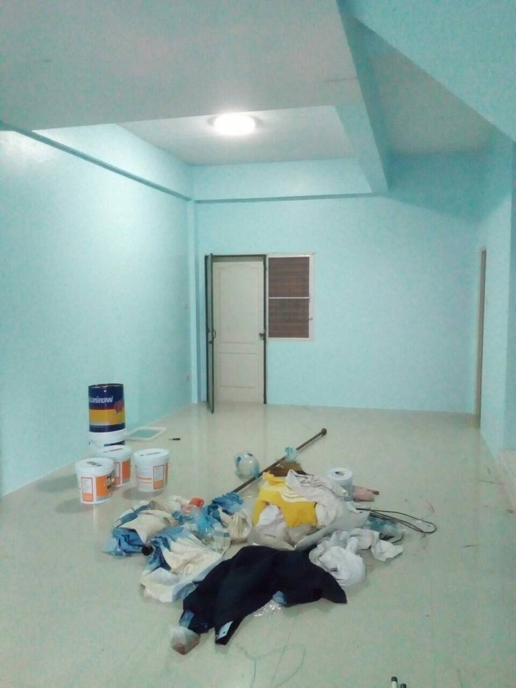 For Rent 3 Beds タウンハウス in Mueang Chon Buri, Chonburi, Thailand | Ref. TH-PPZSFWFV