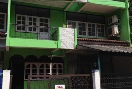 For Rent 4 Beds Townhouse in Watthana, Bangkok, Thailand