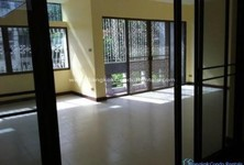 For Rent 2 Beds タウンハウス in Khlong Toei, Bangkok, Thailand