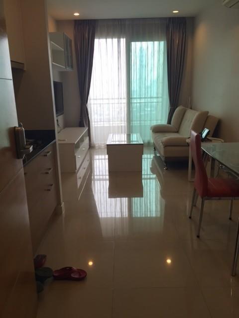 Circle Condominium - For Sale or Rent 1 Bed Condo in Watthana, Bangkok, Thailand   Ref. TH-NDWEAKYJ