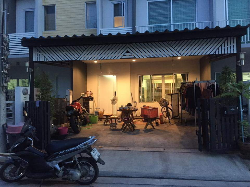 For Sale 3 Beds Townhouse in Sai Mai, Bangkok, Thailand | Ref. TH-FYRAOFGH