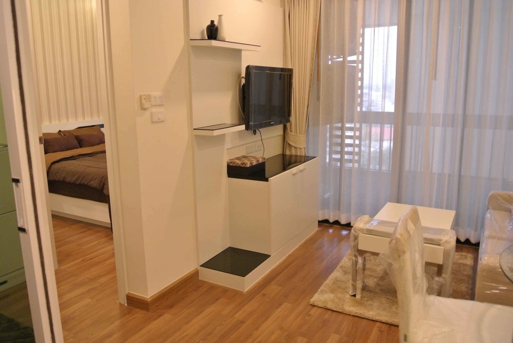 For Rent 1 Bed Condo in Mueang Chiang Mai, Chiang Mai, Thailand | Ref. TH-UOMRLWMD