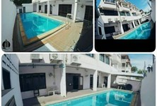 For Sale or Rent 20 Beds タウンハウス in Phra Khanong, Bangkok, Thailand