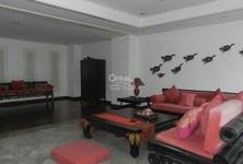 ขาย ทาวน์เฮ้าส์ 4 ห้องนอน คลองเตย กรุงเทพฯ