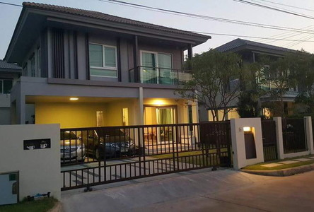 For Rent 3 Beds 一戸建て in Mueang Pathum Thani, Pathum Thani, Thailand