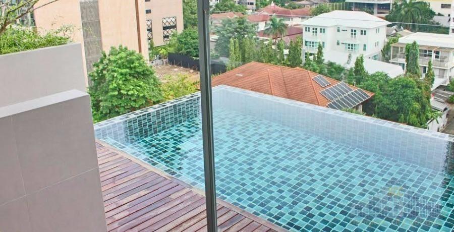 Living @ 24 - В аренду: Кондо с 2 спальнями возле станции BTS Phrom Phong, Bangkok, Таиланд | Ref. TH-IEHAUQIJ