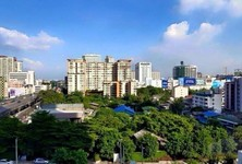For Sale or Rent Condo 22 sqm Near MRT Phetchaburi, Bangkok, Thailand