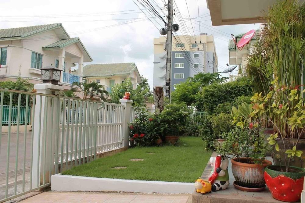 For Sale 3 Beds 一戸建て in Thanyaburi, Pathum Thani, Thailand   Ref. TH-FXXBZGWY