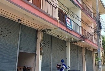 For Sale 4 Beds Townhouse in Mueang Chiang Mai, Chiang Mai, Thailand