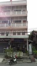 ตั้งอยู่บริเวณพื้นที่เดียวกัน - เมืองราชบุรี ราชบุรี