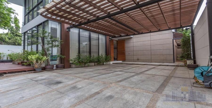 ให้เช่า บ้านเดี่ยว 4 ห้องนอน กรุงเทพฯ ภาคกลาง | Ref. TH-ZETGAPCX