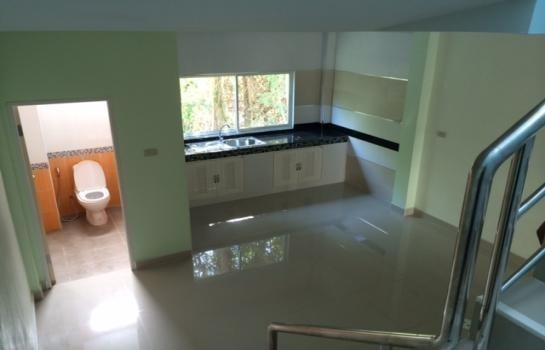 For Sale or Rent 3 Beds Townhouse in Hat Yai, Songkhla, Thailand | Ref. TH-MPWYLQJD