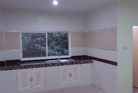 For Sale or Rent 3 Beds Townhouse in Hat Yai, Songkhla, Thailand