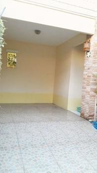 For Sale or Rent 3 Beds House in Sai Noi, Nonthaburi, Thailand | Ref. TH-YHZANBCF
